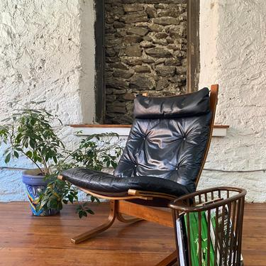 Mid century lounge chair Siesta chair Ingmar relling for Westnofa lounge chair by VintaDelphia