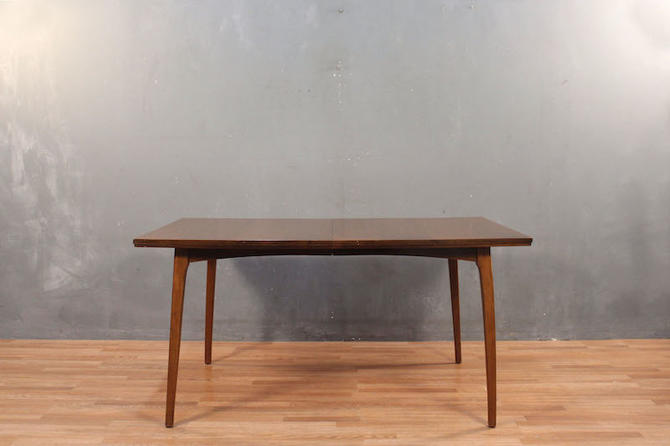 Classic Mid Century Walnut Dining Table with 3 Leaves
