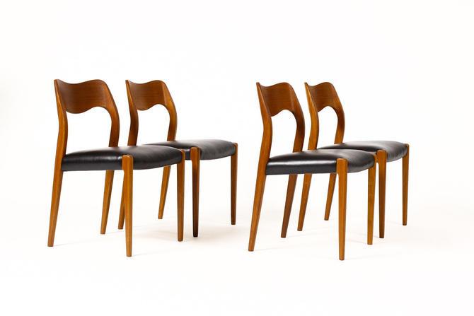 Terrific Danish Modern Mid Century Teak Dining Chairs J L Moller Model 71 Black Leather Set Of Four By Atomicthreshold Creativecarmelina Interior Chair Design Creativecarmelinacom
