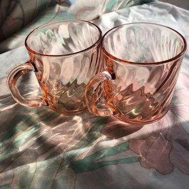 Vintage Pink Rosaline Swirl Glass Mugs Set of 2 by Arcoroc France Depression Glass by AMORVINTAGESHOP