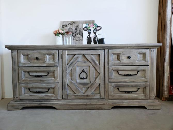 Farmhouse Rustic 9 Drawer Dresser