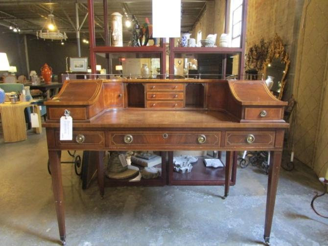 ANTIQUE HEPPLEWHITE STYLE CURVED DESK WITH WOOD INLAY AND BRASS RAILING