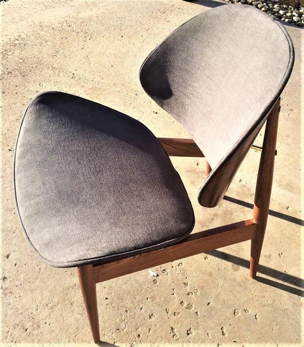 Refinished and restored Kodawood Clam Shell chair Gray Upholstery