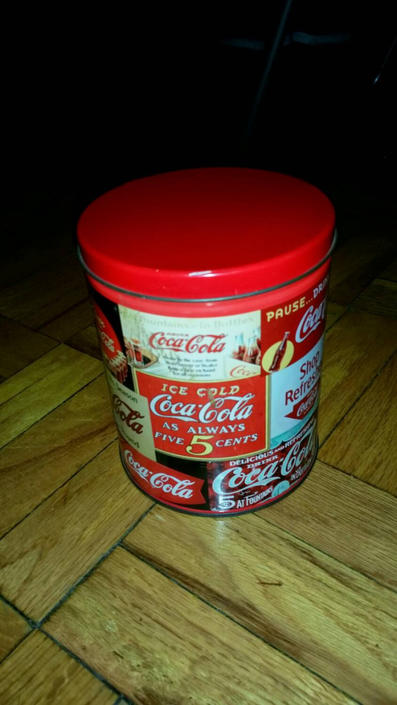 Coca-Cola Tin can with Puzzle by MOBvintage