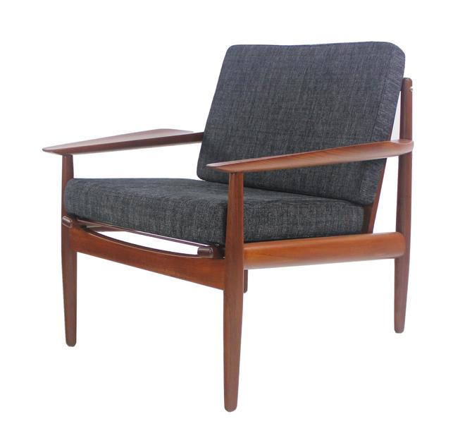 Rare Scandinavian Modern Teak Armchair Designed by Arne Vodder