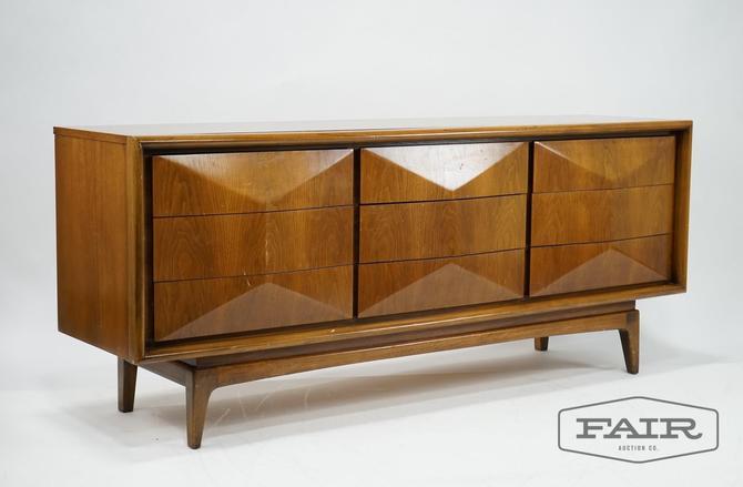 United Furniture: Diamond Front Walnut Low Dresser