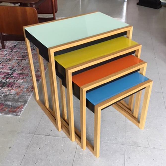 HA-Josef Albers Nesting Tables Vitra 2004