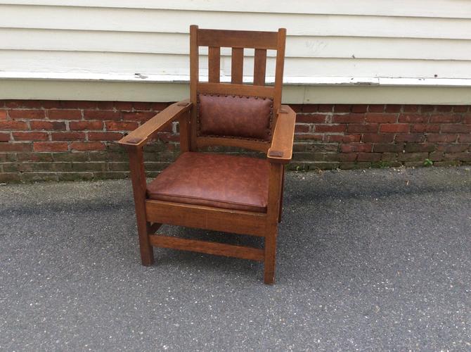 Stickley brothers quaint  arm chair 790 1/2 by QuaboagValleyAntique