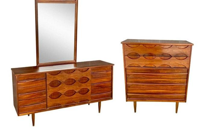 Free and Insured Shiping within US - Vintage Mid Century Walnut Dresser Drawer Cabinet Storage Set (Mirror Not Included) by BigWhaleConsignment