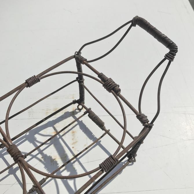 Vintage Primitive Wirework Bottle Carrier Porte Bouteille Wire Massilon by BrainWashington