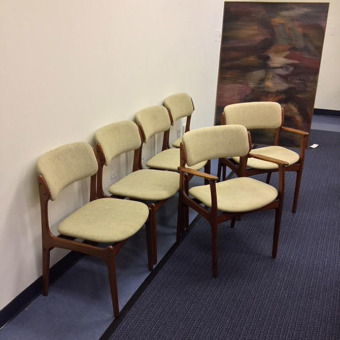 HA-C8398 Set of Six Rosewood Eric Buck Dining Chairs
