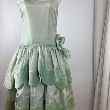 Rare>> 1920's ROBE DE STYLE Dress - Silk with Silk Velvet Petals - Drop Waist with Layered Petal Scallop Skirt - Size Small to Medium by GabrielasVintage