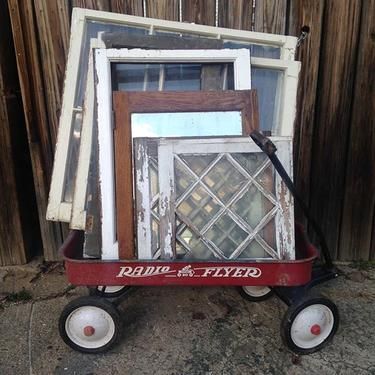 It's transformation Tuesday and we have lots of antique windows for all of your fun holiday projects #petworth #vintage #antique #salvage #architecturalsalvage #diy #reclaimed #transformationtuesday