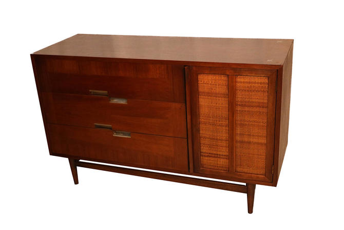 Mid-Century Credenza by American of Martinsville by Marykaysfurniture