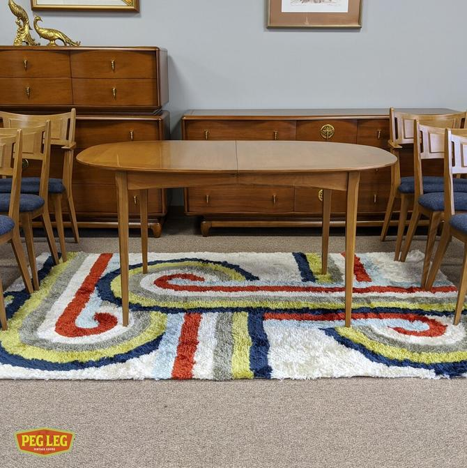 Mid-Century Modern dining table with drop-in extension by Heywood Wakefield