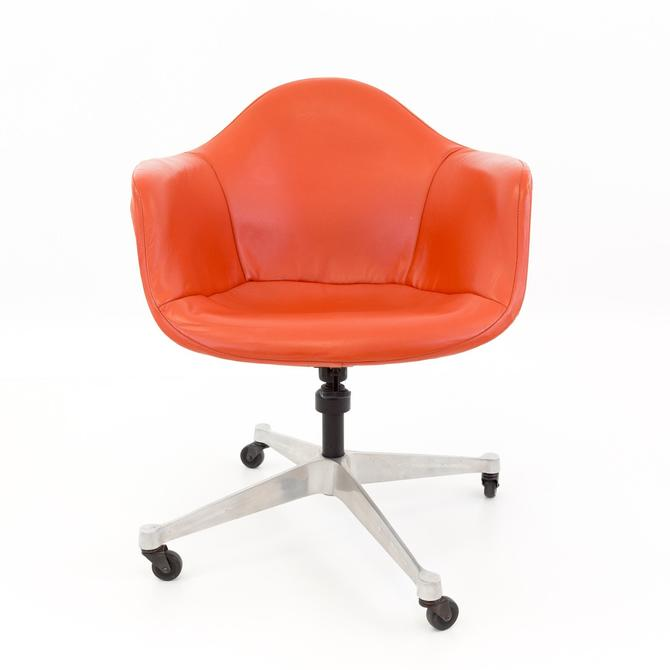 Early Charles Eames for Herman Miller Mid Century Shell Desk Chair - mcm by ModernHill