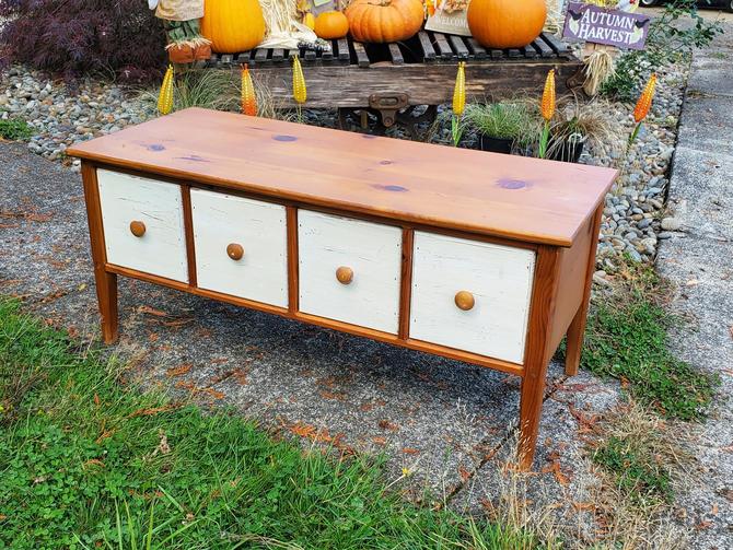 Farmhouse Coffee Table Bench by OrWaDesigns