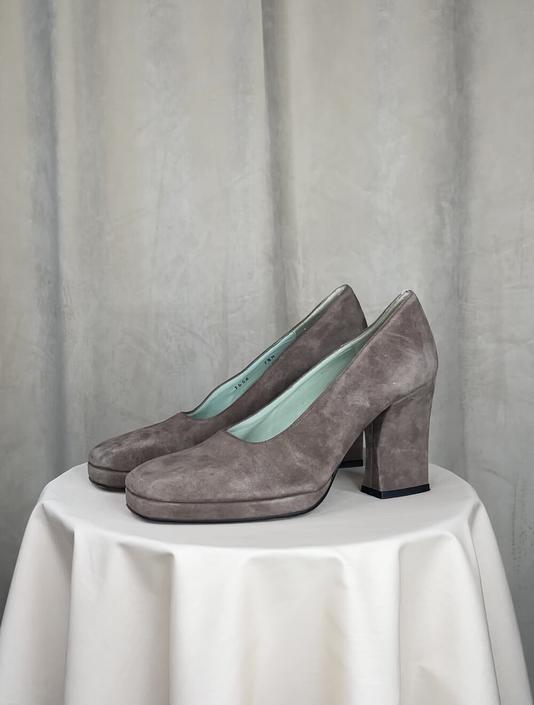Vintage Grey Suede Square Toed Heels