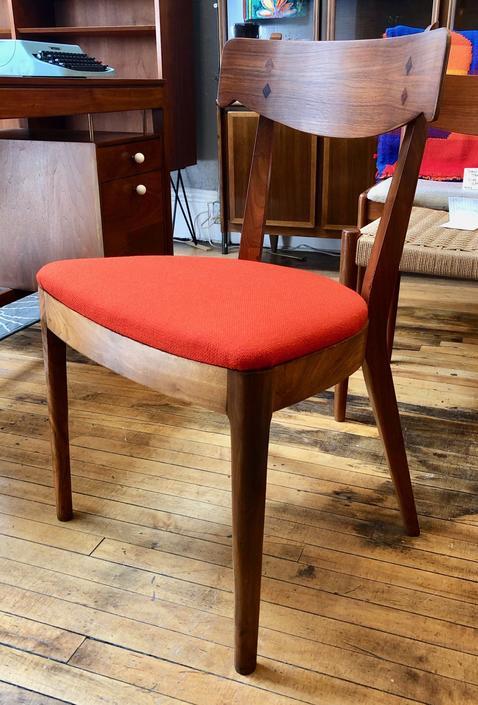 Drexel Declaration side/desk Chair