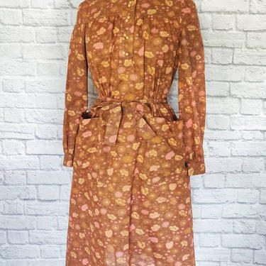 Vintage 70s Carlye Floral Dress // Natural Cottagecore Cotton Day Dress with Pockets by GemVintageMN