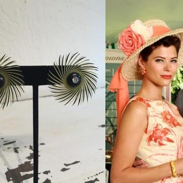 Wheel of Fortune Spinning - Vintage 1950s Lemon Yellow & Black Big Soft Plastic Pinwheel Earrings by RoadsLessTravelled2