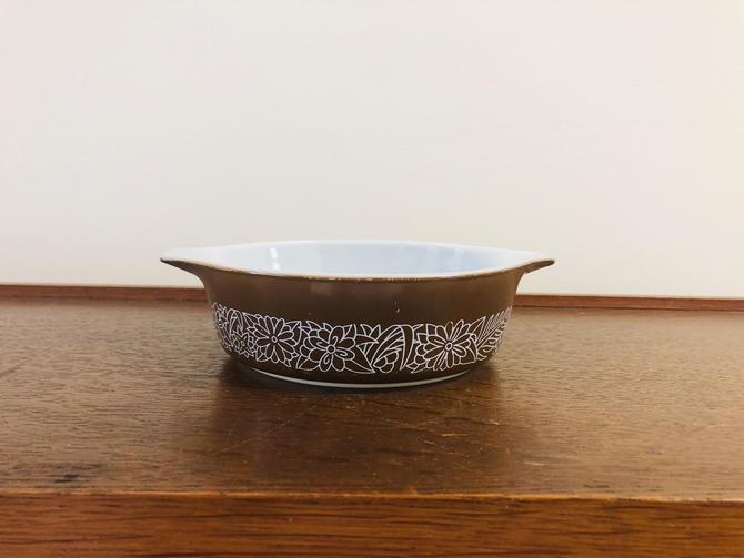 Vintage Pyrex Nesting Cinderella Bowl Woodland Brown Casserole 471B 500ml-- no lid by BlackcurrantPreserve