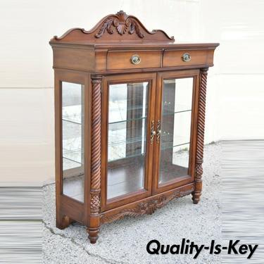Wynwood Flex Steel Empire Carved Cherry Wood Glass Display Curio China Cabinet