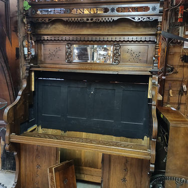 Beautiful High Back Victorian Parlor Organ Chassis 50 1/4