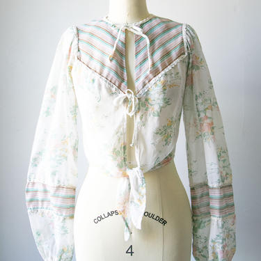 1970s Cropped Top Semi-Sheer Boho Blouse S by dejavintageboutique