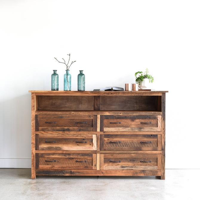 Large Rustic Dresser / 6-Drawer Barn Wood Bedroom Dresser / Cabin Bedroom Furniture by wwmake