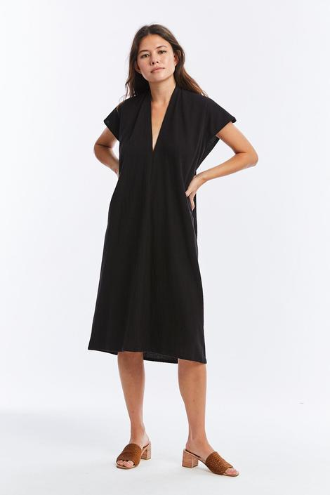 Petite Everyday Dress, Textured Cotton in Black FINAL SALE