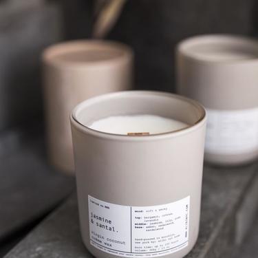 Virgin Coconut Crème & Wooden Wick Candle