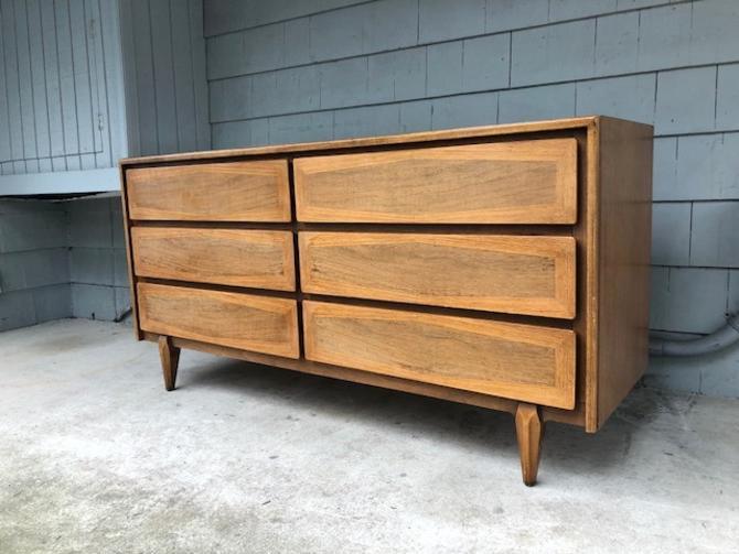 Midcentury American Martinsville Dresser & Mirror