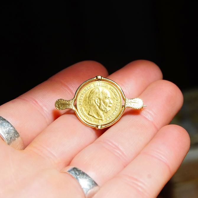 Vintage 1877-C Wilhelm Deutscher Kaiser Konig Preussen 5 Mark Gold Coin Brooch, 14K Gold Coin Spinner Pin, 17mm German Coin, by shopGoodsVintage