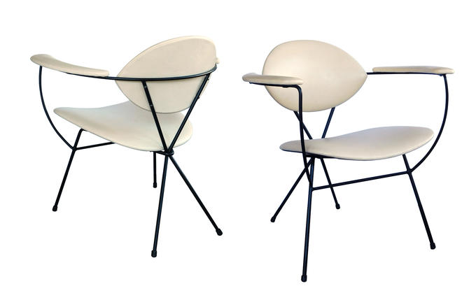A Sculptural Pair of Atomic Age 1950's Lounge Chairs by Joseph Cicchelli for Reilly-Wolff