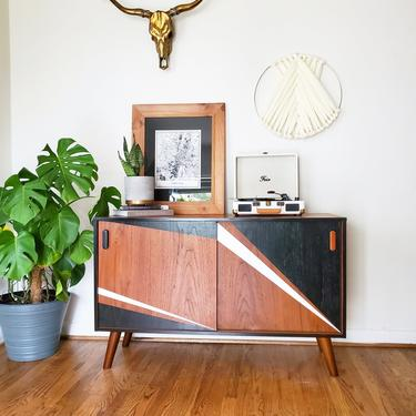 Mid century modern Danish teak record holder cabinet *SHIPPING NOT FREE* by AndreaPalmaiDesign