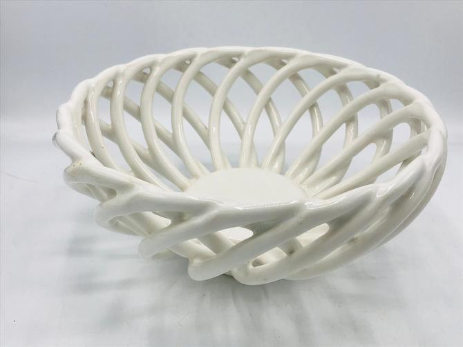 """Vintage White Lattice round  Open Weave Bread Basket or Fruit Bowl Pottery 9""""- Nice Condition by JoAnntiques"""