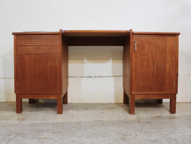 Two Bay Teak Desk / Vanity Table