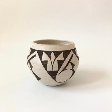Vintage Acoma Pueblo Pottery Vase by SergeantSailor