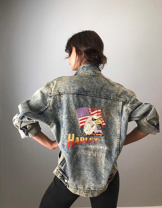 Vintage Harley Davidson Acid Wash Denim Jacket by SpeakVintageDC