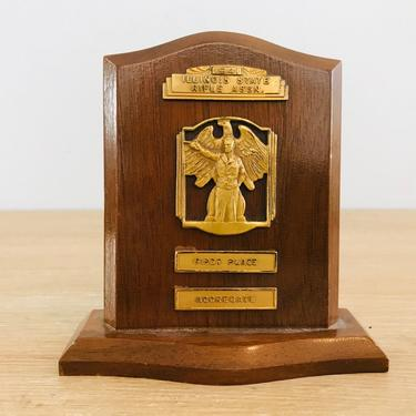 Vintage 1941 Illinois State Rifle Association Trophy by DelveChicago