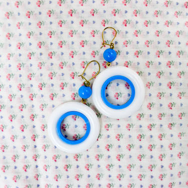 1980's Blue and White Circular Dangle Earrings by KittenSurprise