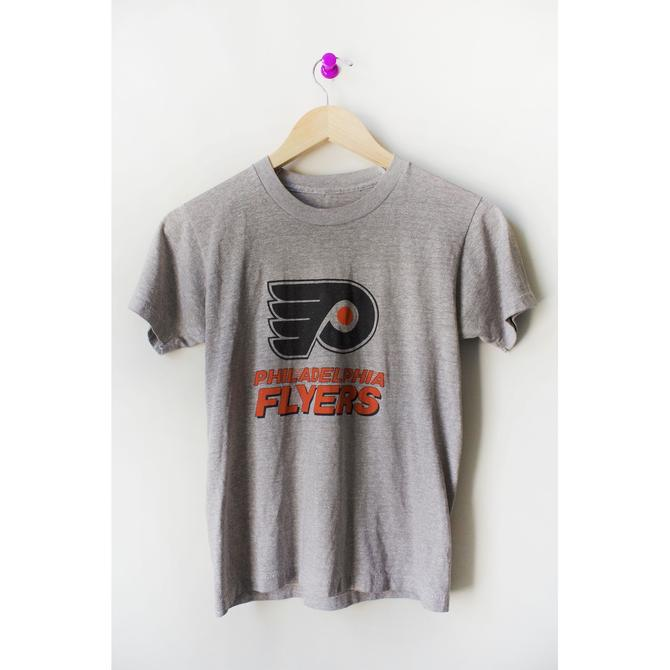 Vintage 80s 90s Gray Kids Philadelphia Flyers Short Sleeve Tee Small by theaspentree