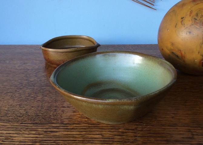 MCM Frankoma 5x Prairie Green Bowl, American Pottery by nauhaus