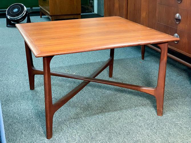 Dux of sweden teak coffee table