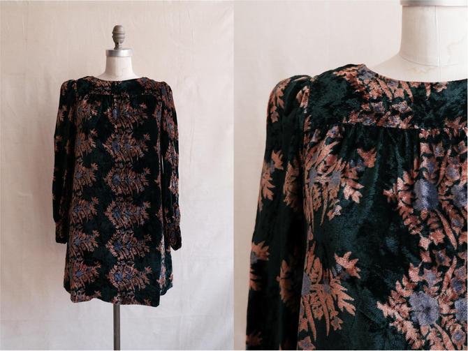 Vintage 60s Crushed Velvet Mini Dress/ 1960s Long Sleeve Winter Dress/ Size Medium by bottleofbread