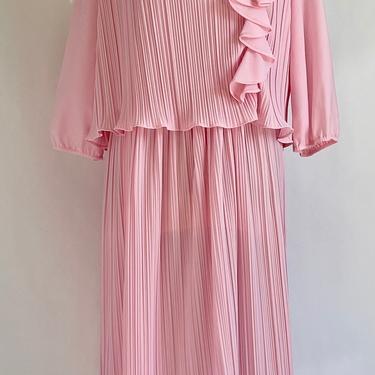 Soft Pink 1980's Pleated Blouson Dress Pretty Pleats by BeggarsBanquet