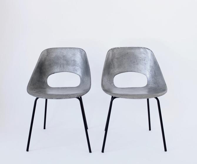 Pierre Guariche Cast Aluminum Pair of Tulip Chairs for Steiner France circa 1954