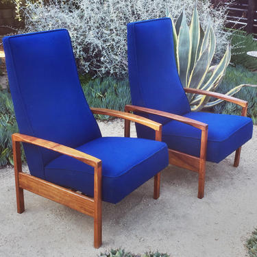 Pair of mid century lounge chair recliners
