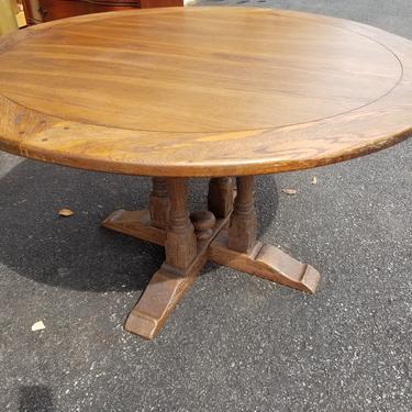 Round Oak Table - Naomi